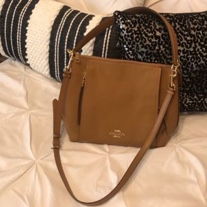 Coach Handbag 👜 Shoulder/Crossbody